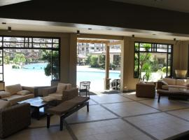 Hotel Photo: 3BR GF Condo at Acacia Lane