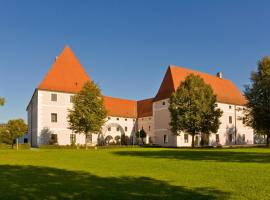 Hotel Photo: Schloss Hotel Zeillern
