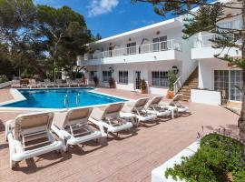 Hotel photo: Hostal Es Pi - Formentera Vacaciones
