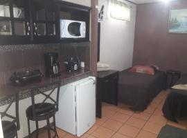 Hotel photo: Cabinas Madeleine