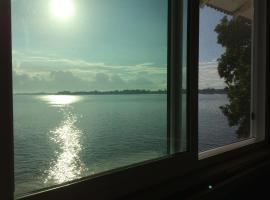 Hotel photo: Hilo Bay Oceanfront Bed and Breakfast