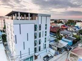 Hotel Photo: Don Muang Hotel by Thipmansion