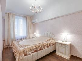 Hotel fotoğraf: Apartment on Maliy Gnezdnikovskiy lane 9