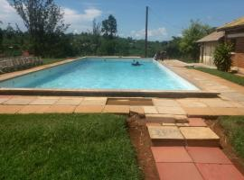 Hotel Photo: Rwekishokye Country Club