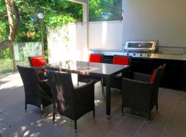 Hotel photo: Two Bedroom House in Bondi Junction