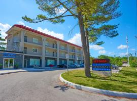 Hotel Photo: Wasaga Riverdocks Hotel Suites