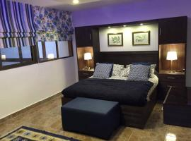 Hotel Photo: Royal Luxury Apartments & Studios 2
