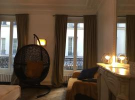 Apartment Le Marais Rosiers Paris France