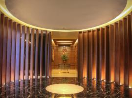 A picture of the hotel: Luxent Hotel