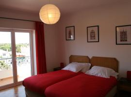 Hotel Photo: Guincho Wind Factory Guest House