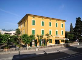 Hotel Photo: Hotel Moschini