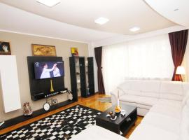 Charisma Two Bedroom Apartment Bucharest Romania