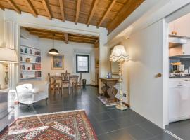 Debussy Halldis Apartment Florence Italy