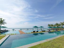 Hotel Photo: Ngwe Saung Yacht Club & Resort