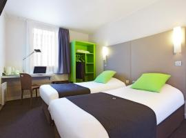 A picture of the hotel: Campanile Saint-Quentin-En-Yvelines