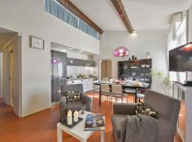 Hotel Photo: Marchese Halldis Apartment