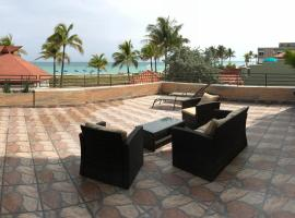 Hotel photo: Cilicia Vacation Rental - Luxury Oceanfront Suite with Balcony