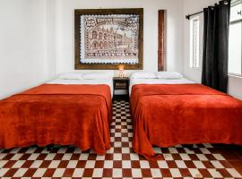 Hotel Photo: El Poeta BnB