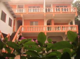 A picture of the hotel: Hotel Casa Marina