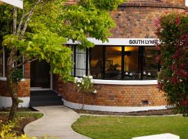 A picture of the hotel: Southlynne