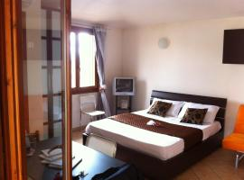 A picture of the hotel: Olbia Marina Apartment