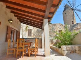 Hotel photo: Holiday House Sineu