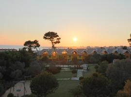 Hotel Photo: Cascais Estoril Apartment 400 m from Beach