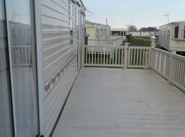 Hotel Photo: Northshore Private Caravan Rental