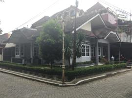 Pele Guesthouse Bandung Indonesia