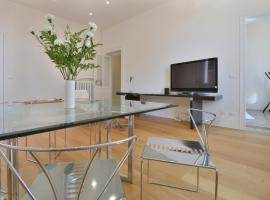 Central Design Apartment Bologna Italy