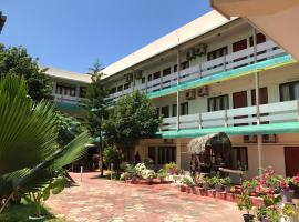 Hotel Photo: Gnaanams Hotel and Restaurant