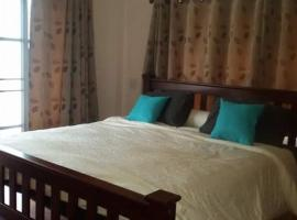 Hotel Photo: Rimtalay Angsila Guesthouse