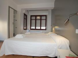 Hotel Photo: Hostal Ripoll Ibiza