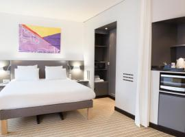 Hotel Photo: Novotel Suites Paris Roissy CDG