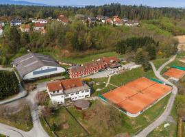 Hotel Photo: Hotel & Tennis Riederhof