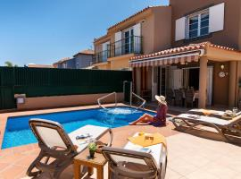 Hotel photo: Meloneras Hills 16 With Pool