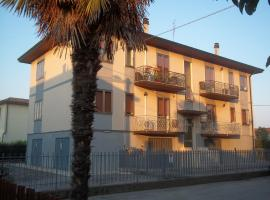 A picture of the hotel: Appartamento Gronda Lagunare