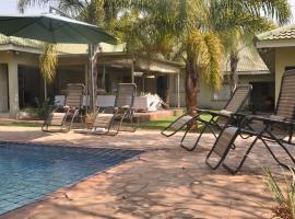 A picture of the hotel: Coghlan Villa Guest House