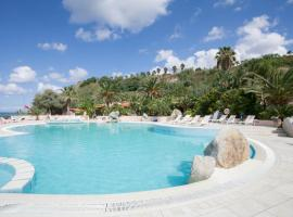Hotel Photo: Hotel Villaggio Cala Di Volpe