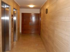 A picture of the hotel: Dpto4u