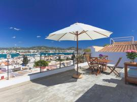 A picture of the hotel: Apartamentos Xereca Dalt Vila I