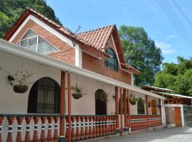A picture of the hotel: Los Pinos Boutique