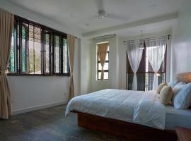 Hotel Photo: Treasure Hill Guest House