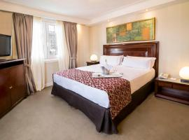 Hotel Photo: Claridge Hotel