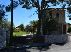 A picture of the hotel: Pyrgos Luxury Country Home