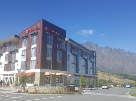 A picture of the hotel: Ramada Suites by Wyndham Queenstown Remarkables Park