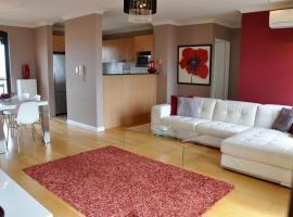 Hotel photo: The Best Apartment in Sydneys Little Italy