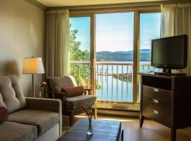 Hotel Photo: Oceanfront Suites at Cowichan Bay