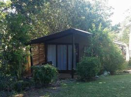 Hotel photo: Plumbago Cottage