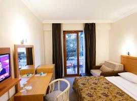 Hotel Photo: Perdikia Beach